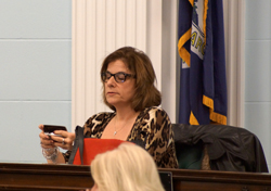 Grandinetti offers openness on a city council shrouded in secrecy