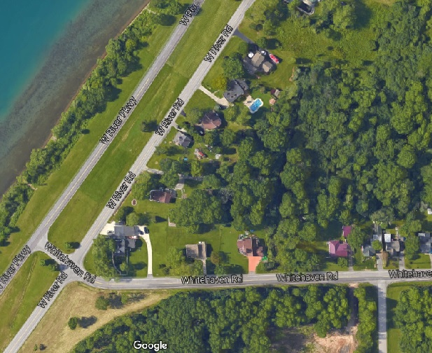 A typical stretch of Grand Island waterfront, hugged by two roads - the West River Parkway and West River Road, which run side-by-side the entire eight mile length of the island. Together, they exemplify an exercise in redundancy, not to mention stupidity.