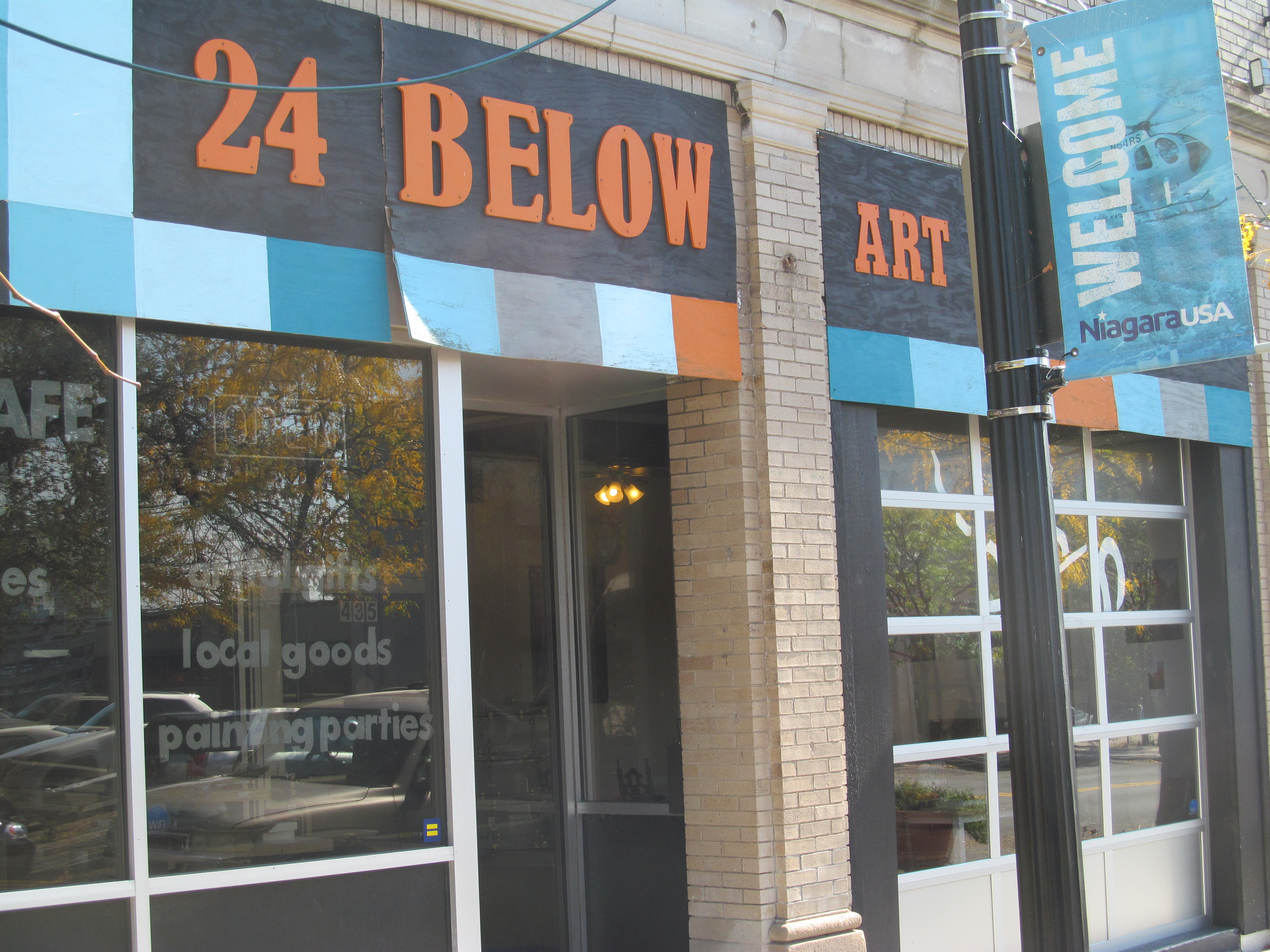 24 Below is the latest Third Street business to be shuttered.
