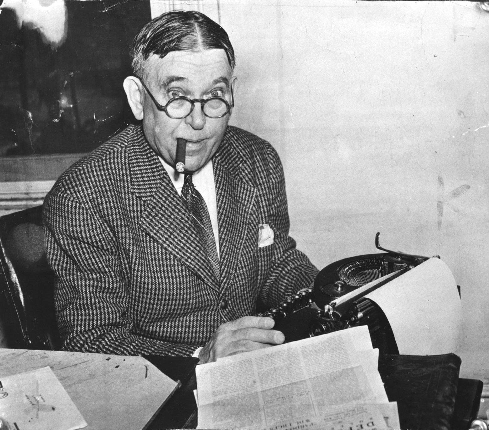 """I believe that it is better to tell the truth than a lie. I believe it is better to be free than to be a slave. And I believe it is better to know than to be ignorant."" - H. L. Mencken"