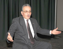 Vince Anello served as Niagara Falls Mayor from 2004-2008.